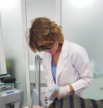 Премахване на образувания в Клиника Derma Plus Пловдив